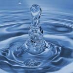 液体 清澄水 水