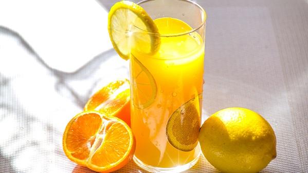 ジュース製造用 搾汁機
